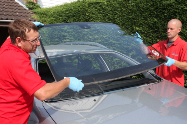 The windscreen replacement and repair technology have improved hugely in  recent times and CSR Windscreens replacement … | Wind screen, Auto glass,  Auto glass repair