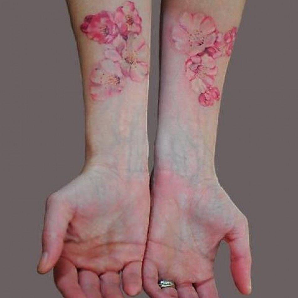 Tatouage Fleur Hibiscus Watercolor Avant Bras Femme 920 Ma