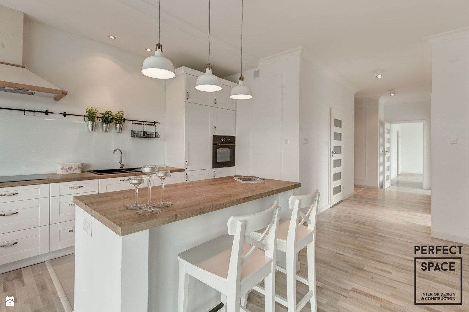 Zdjecie Kuchnia Styl Skandynawski Small Apartment Kitchen Kitchen Interior Kitchen Plans