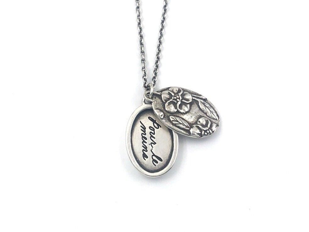 Forget Me Not Posie Locket - 18 / Sterling Silver Locket and Chain