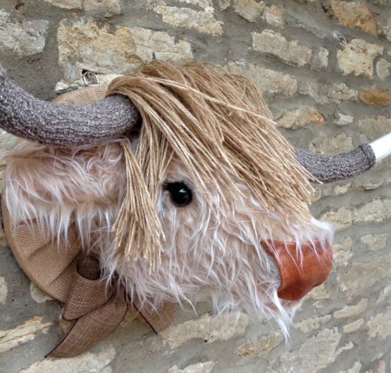 Handmade Faux Taxidermy Caramel Cream Fur Highland Cow Wall Mount Animal Head Faux Taxidermy Faux Animal Head Taxidermy