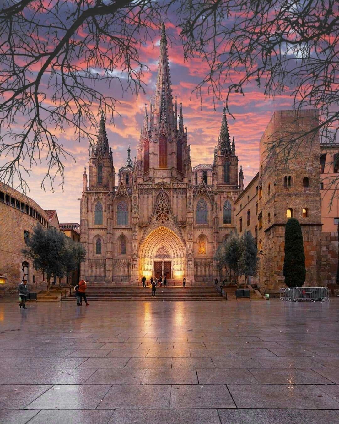 Барселона,Испания. | Места для путешествий, Красивые места ...