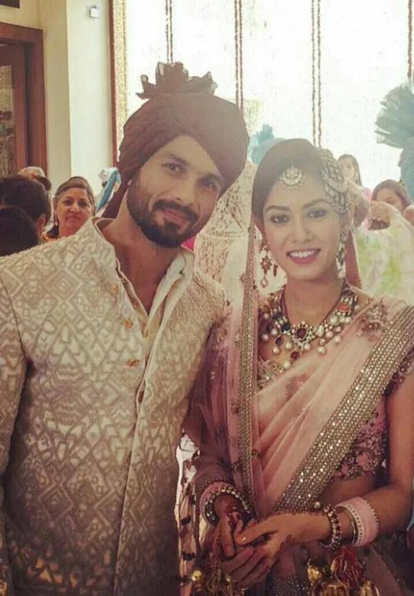 First Pictures Of Mr Mrs Shahid Kapoor After Wedding Http Goo