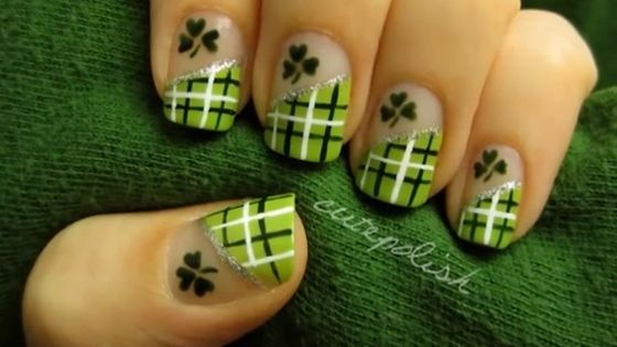 Lucky green plaid nails for St. Patrick's Day! http://thestir.cafemom.com/beauty_style/169149/7_st_patricks_day_nail/113800/lucky_green_plaid?slideid=113800?utm_medium=sm&utm_source=pinterest&utm_content=thestir&newsletter