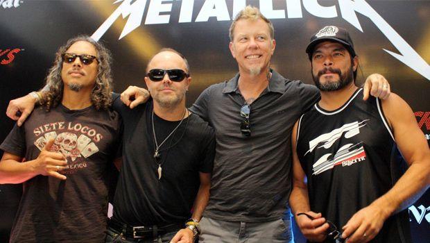 Metallica al festival di Glastonbury, piovono critiche e petizioni