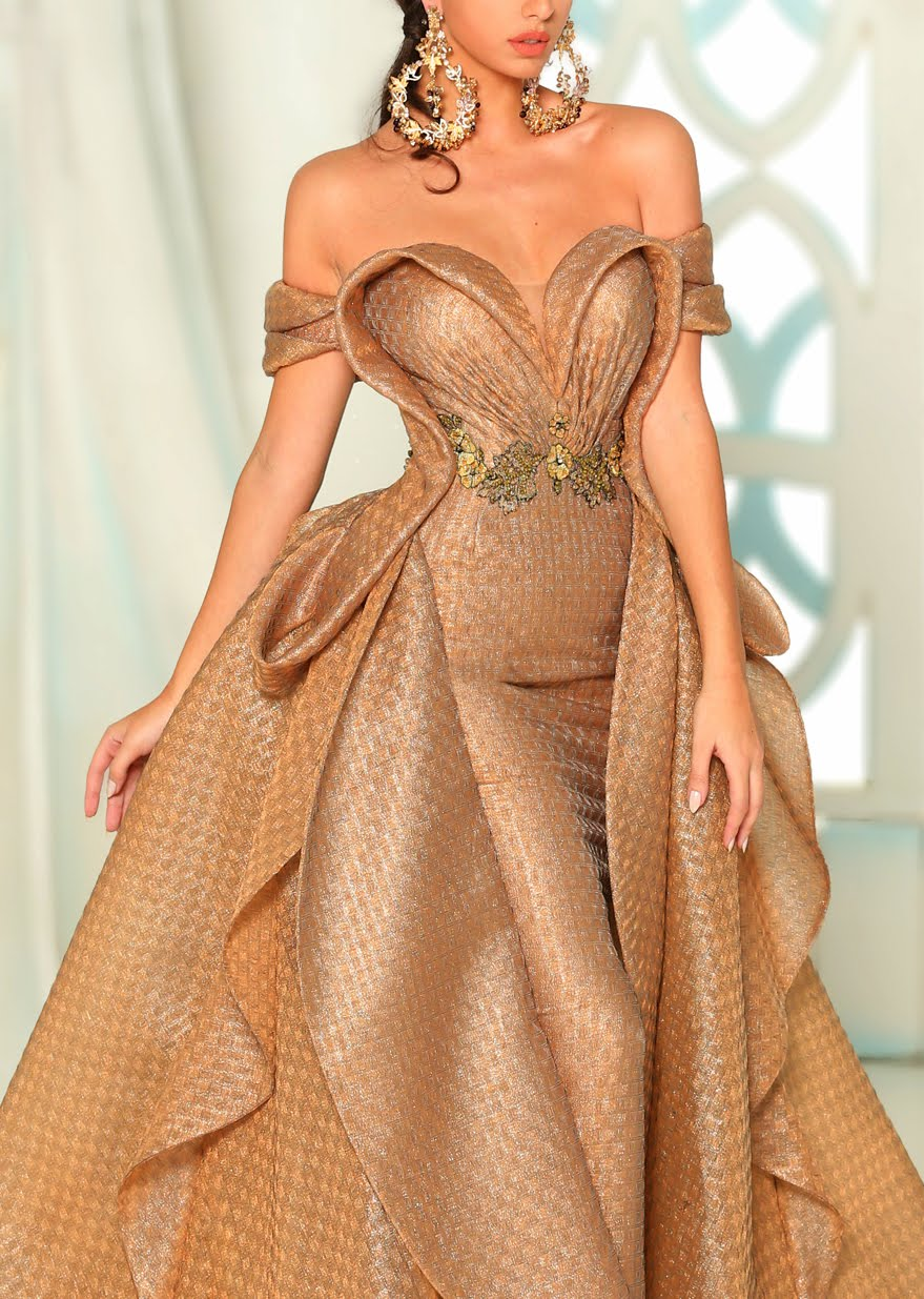 MUST HAVE: Fouad Sarkis Couture focuses on volume,