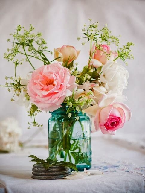 Pin By Kathleen Brewer On Floral Photography Flower Arrangements Flower Lights Pretty Flowers