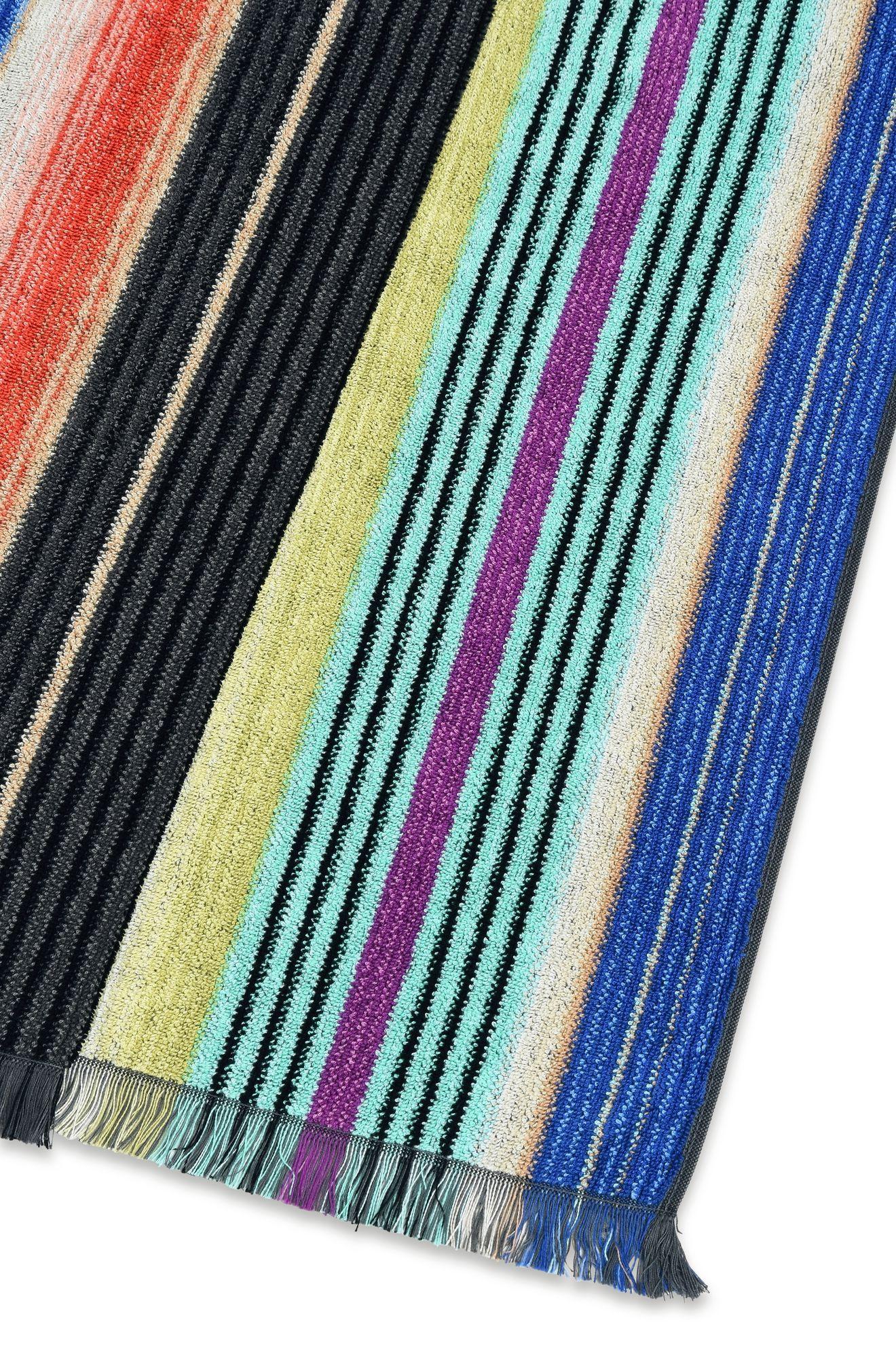 Viviette Towel E 118 Sale With Images Shop Towels Missoni Towel