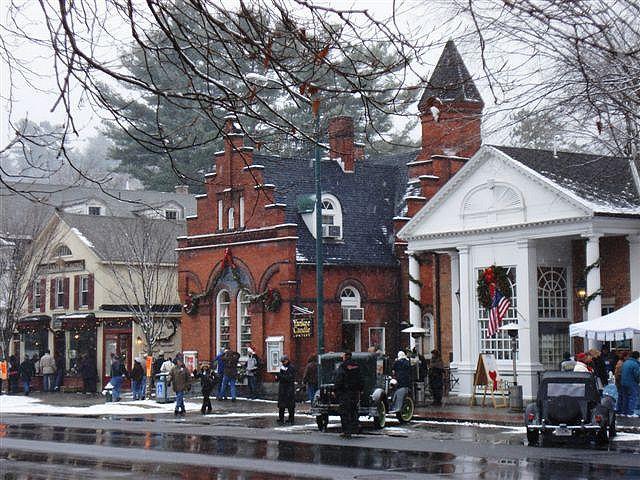 Main Street Stockbridge Massachusetts Christmas In England New England Travel Stockbridge Massachusetts