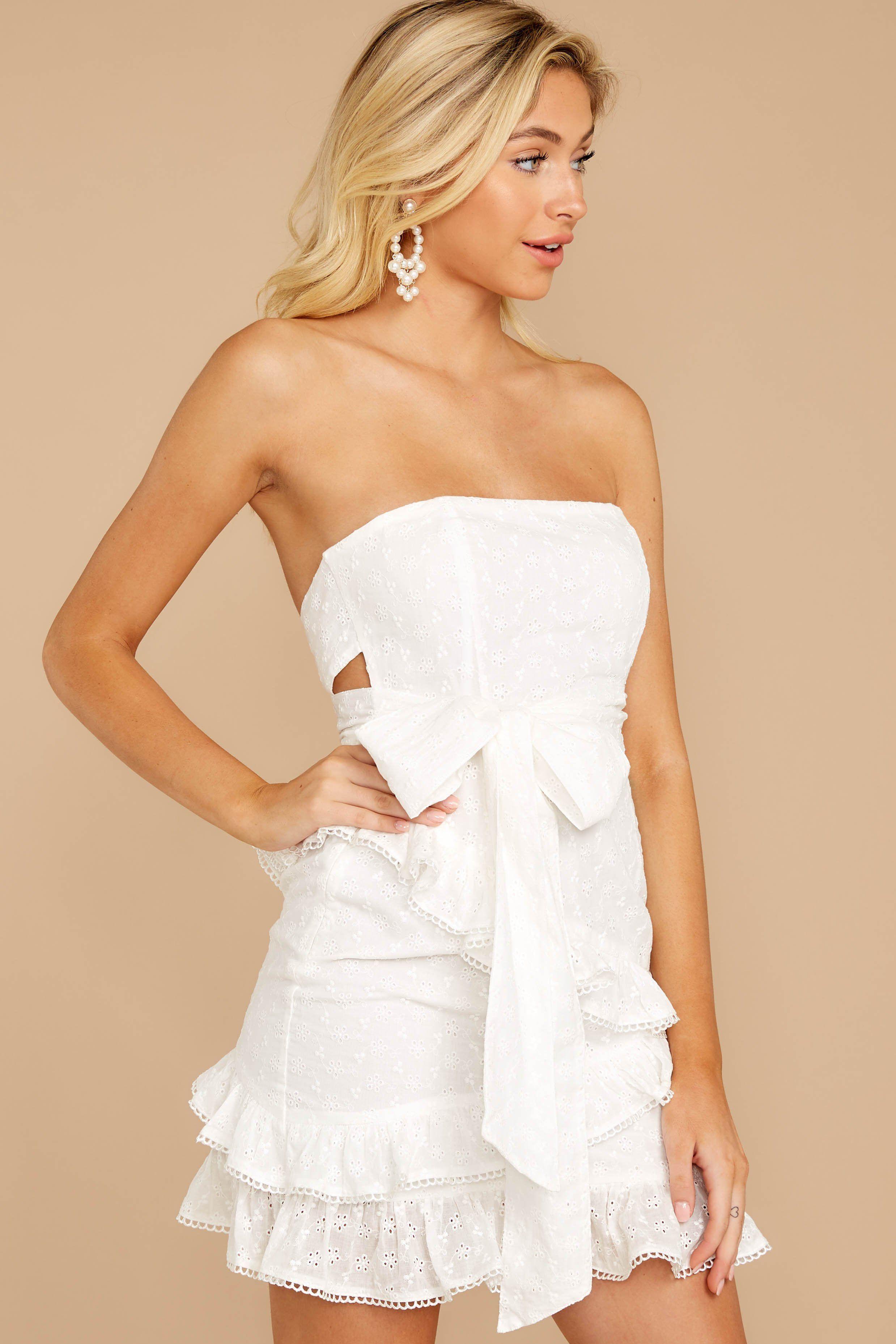 Chic White Eyelet Lace Dress Short Strapless Dress Dress 56 00 Red Dress Strapless Dresses Short Strapless Dress Red Dress [ 3715 x 2477 Pixel ]