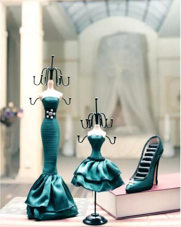 Dress Mannequin Holder 28cm Height Approx Fishtail Skirtmannequin Holder 37 Cm Height Approx Ebay Mannequin Dress Jewellery Display Jewelry Holder