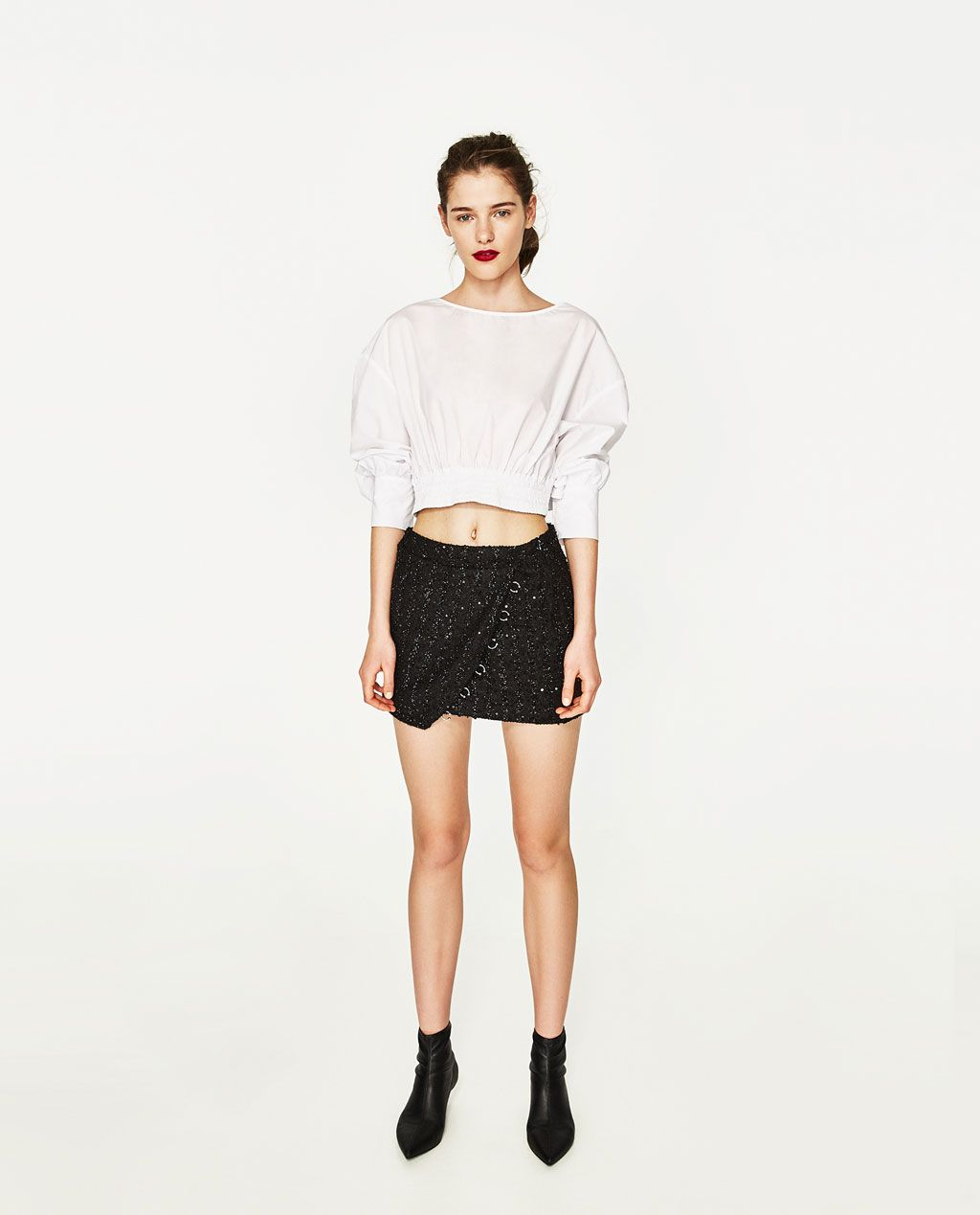 Imagen 1 de FALDA MINI CRUZADA de Zara | Ropa de moda, Mini
