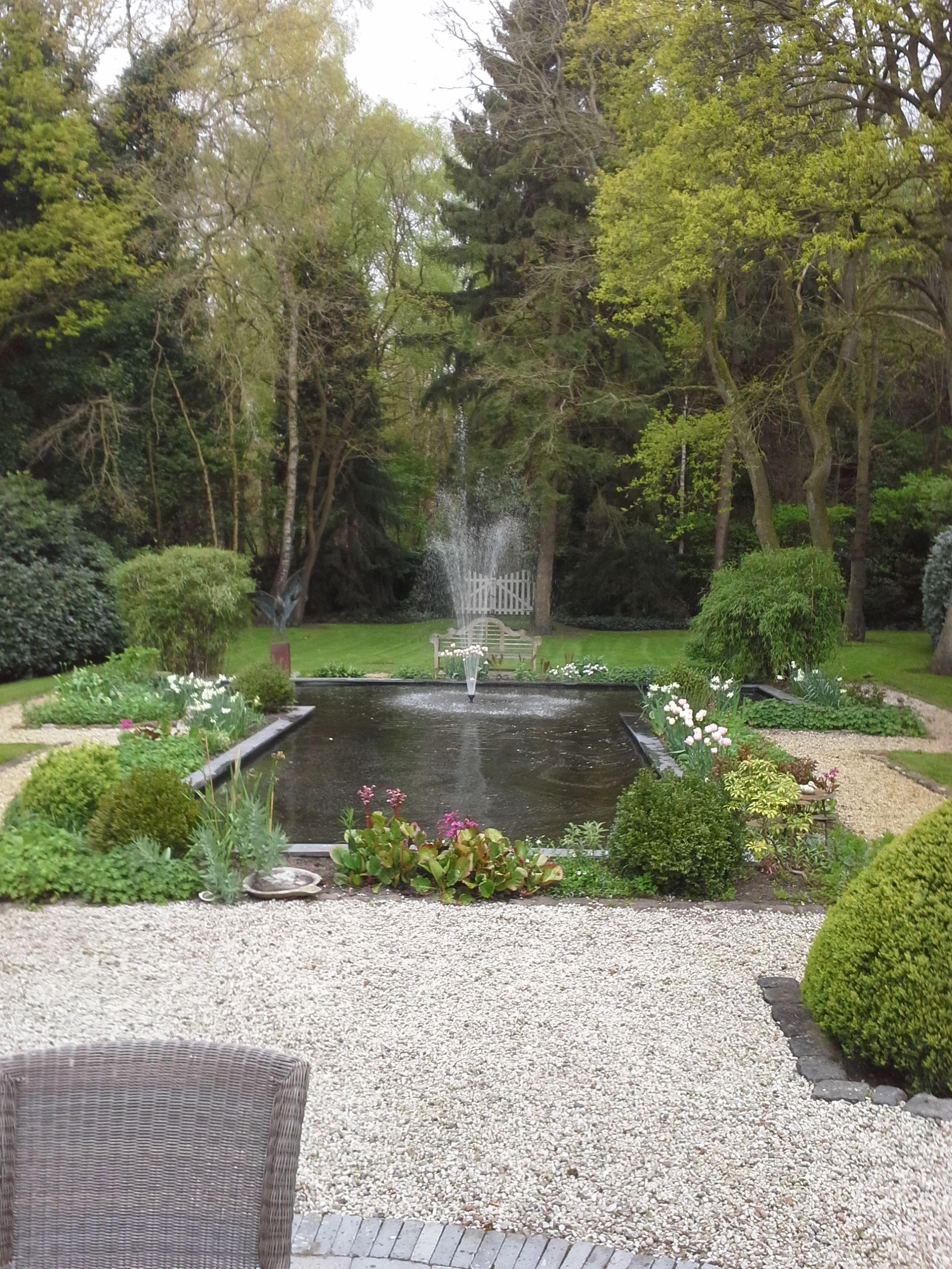 t vormige vijver fontein projecten vijver tuin en On vijver fontein
