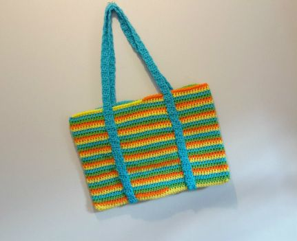 Bags, Totes & Purses Click photo for video crochet tutorial