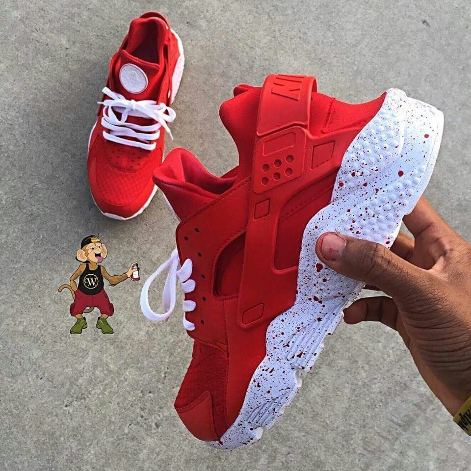 Red and White Nike Huaraches | Nice