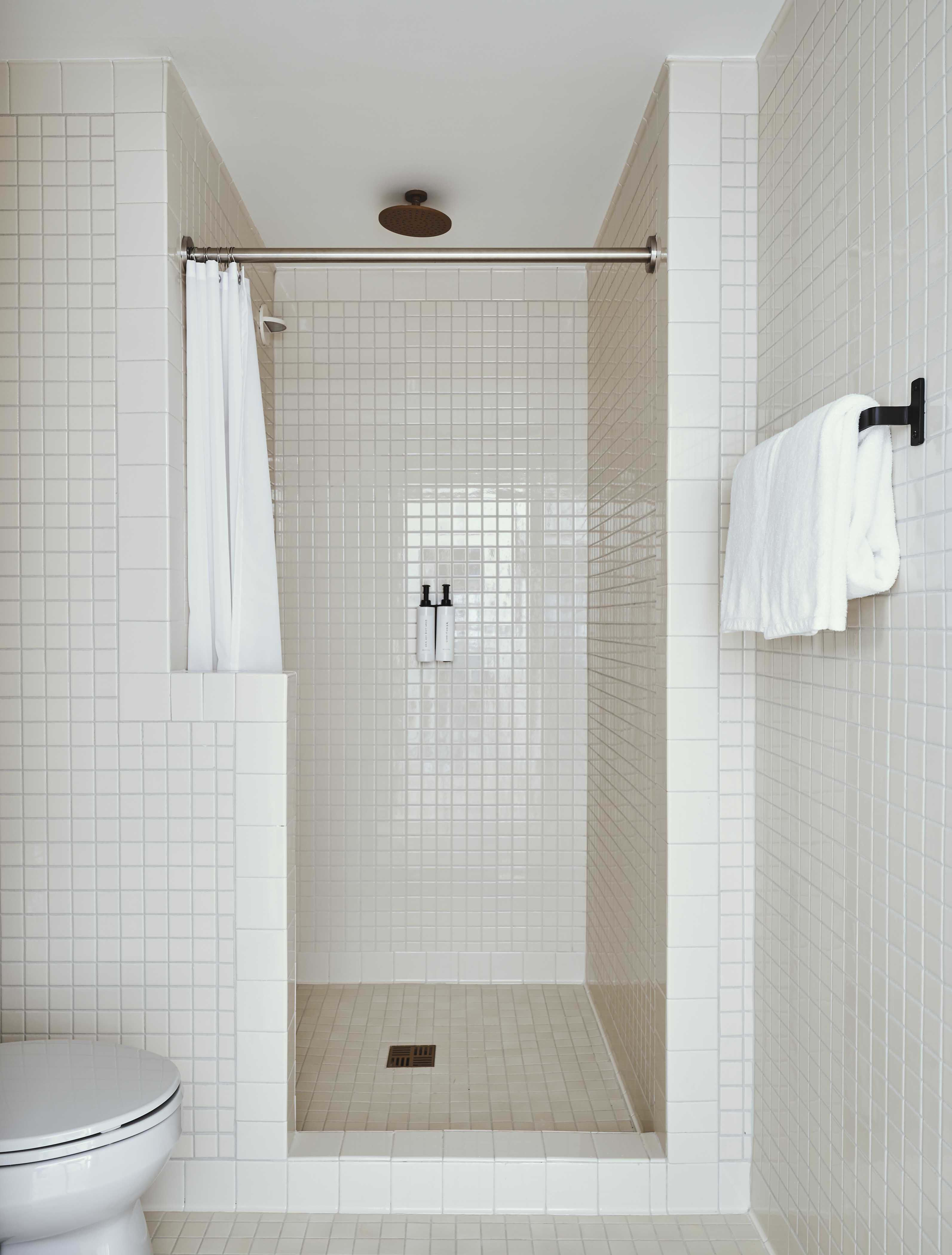 Sister City Hotel In Nyc Is A Small Space Wonder Bathroom Design