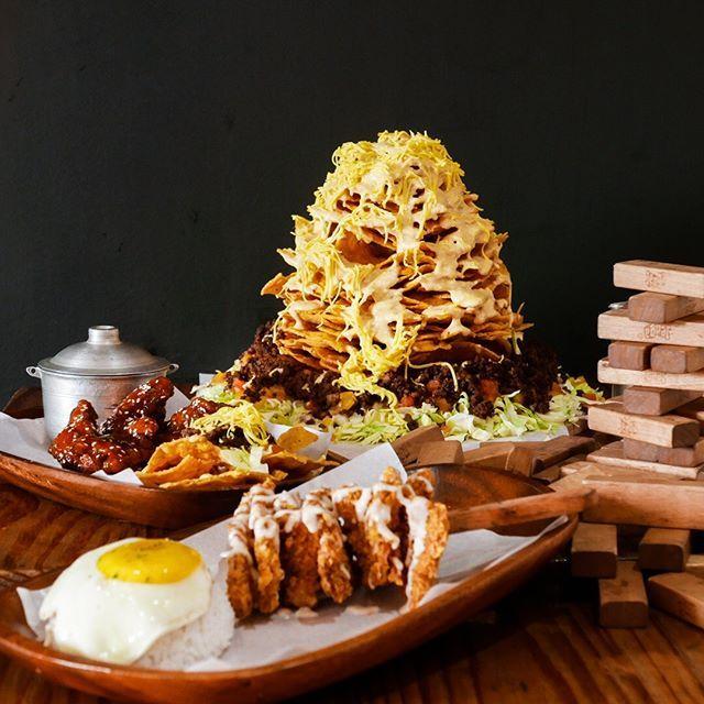 new restaurant offer alert naughty nachos sm north edsa get p500 rh pinterest com