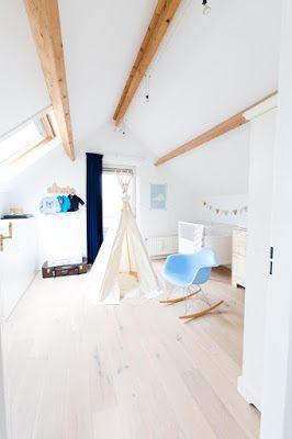 Colores suaves y madera. Una buena combinacion para un apartamento de estilo nordico