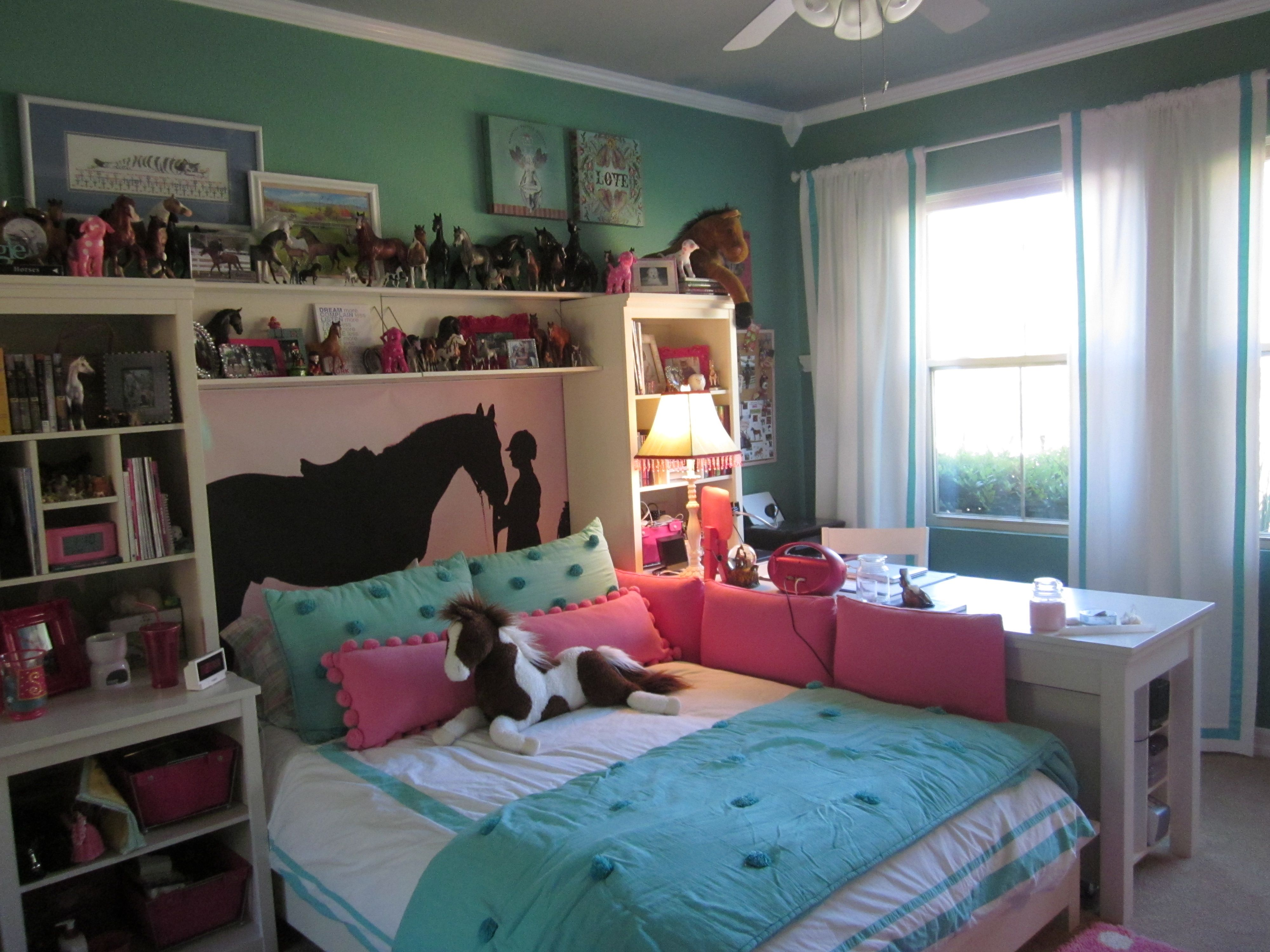 Girl Themed Bedrooms Pin By Stacy Bar On Attys Room In 2019 Pinterest Horse