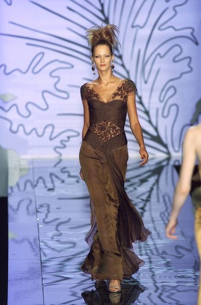 Valentino Couture Fall 2001