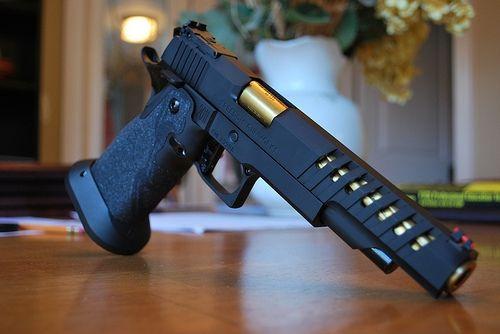 Freedom Gunworks 6 2011save Those Thumbs Bucks W Free Shipping On This Magloader I Purchased Mine Http Www Amazon Com Shops Raei Guns Pistol Airsoft Guns