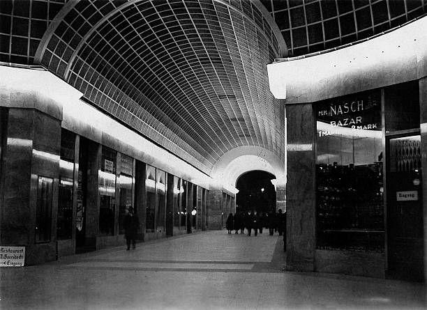Passage Unter Den Linden Friedrichstrasse 1931 Berlin Berlin Germany Underground World