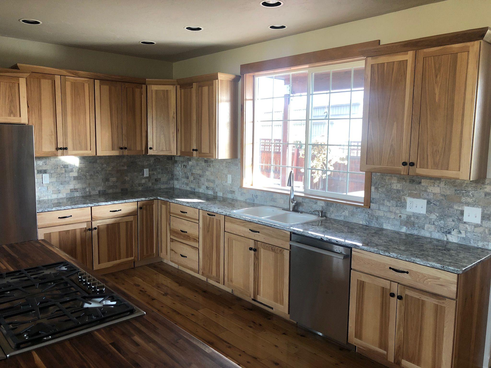 Rustic Kitchen Remodel By Precision Countertops In Portland Oregon In 2020 Rustic Kitchen Kitchen Remodel Kitchen