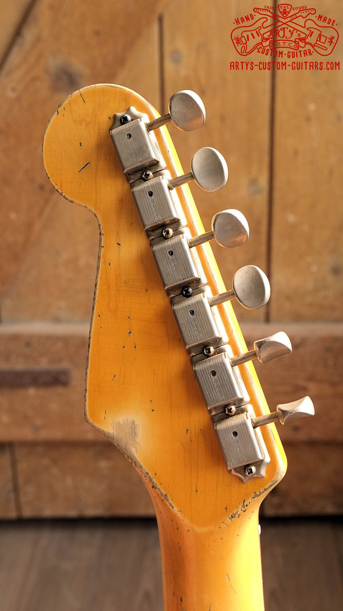Stratocaster 62 Heavy Relic Fiesta Red Body Artys Custom Guitars Shop Strat Relicing Swamp Ash