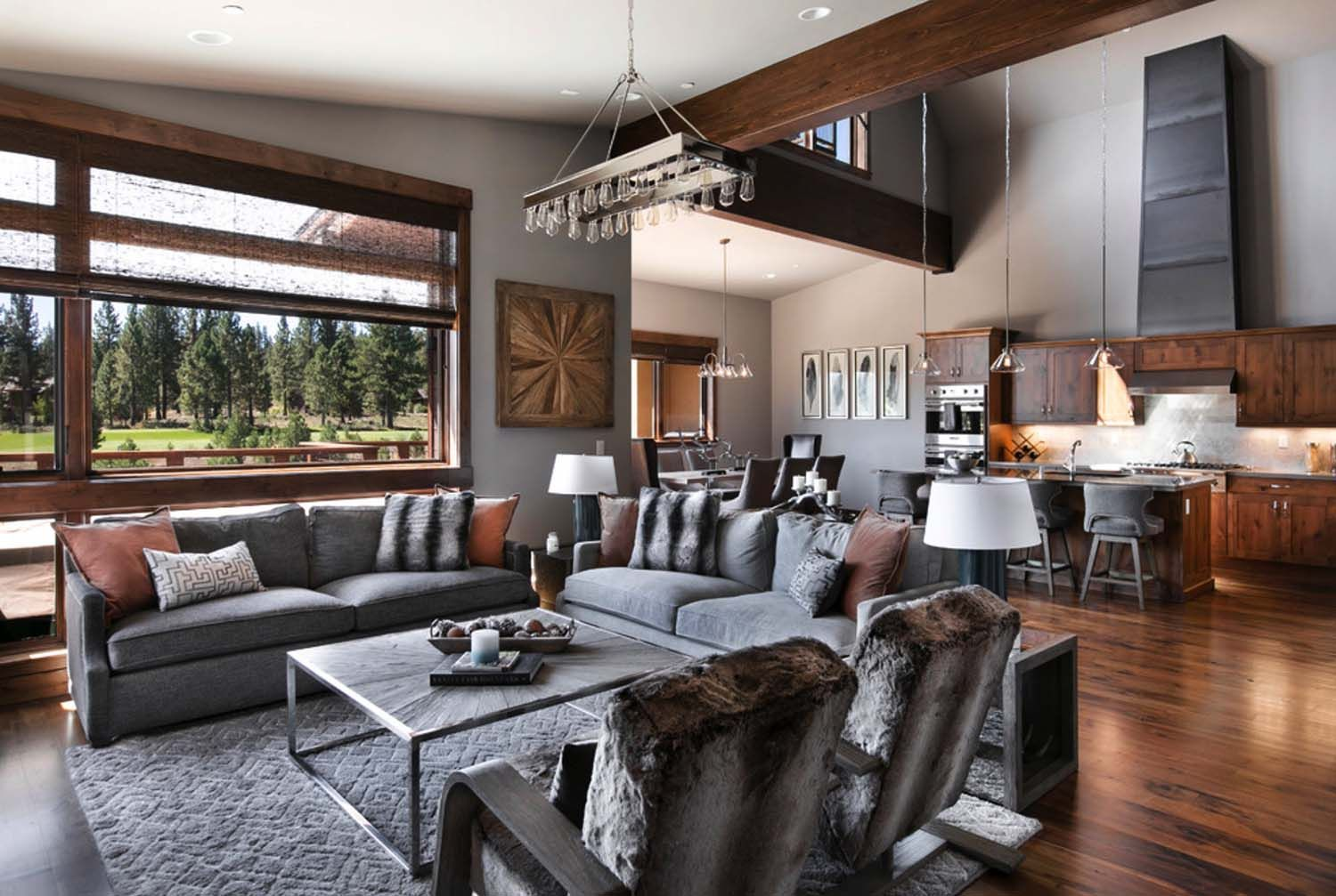 Warm and relaxing mountain contemporary home in truckee for Mountain living