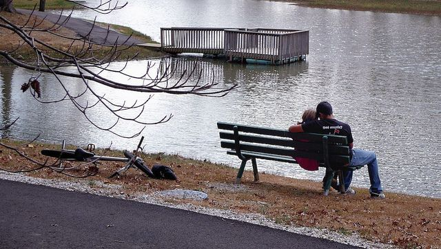 Two Lovers On A Park Bench Via Flickr Lovers Bench Lovers Park