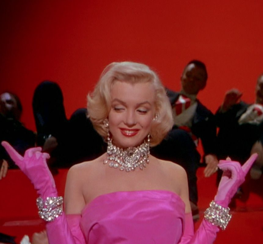 Marilyn Monroe Classic Hollywood Podcast! Episode 5 All About Gentlemen Prefer Blondes! 1950s Style