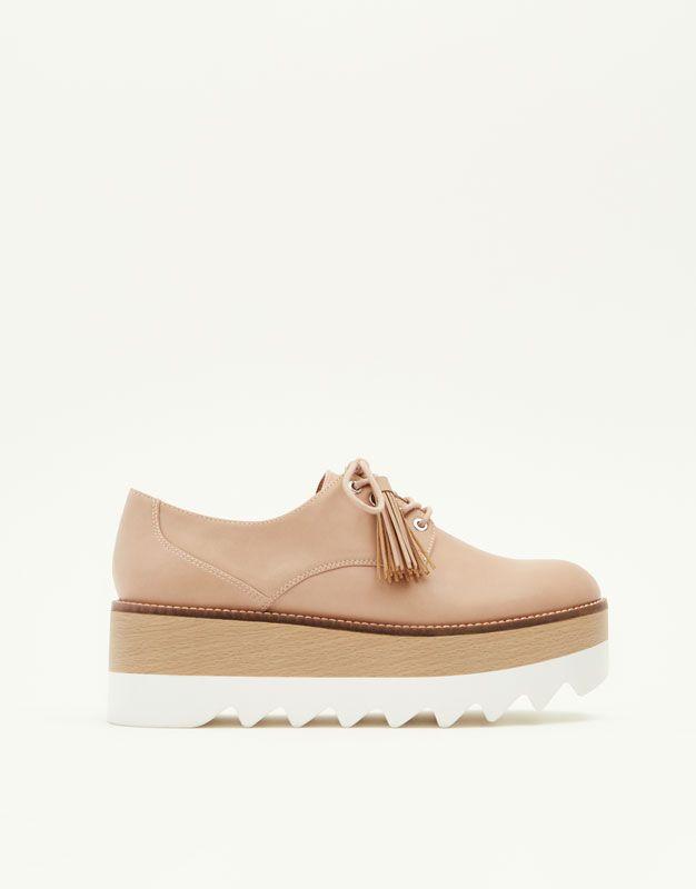 2f92321d Blucher plataforma acordonado - Ver todo - Zapatos - Mujer - PULL&BEAR  Islas Canarias