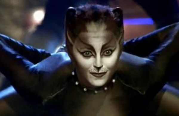 Http Victoria Fuer Die Katz De Images Gallery Gallery3 Zoom Characters Cassandra Jpg Cats Musical Jellicle Cats Musicals