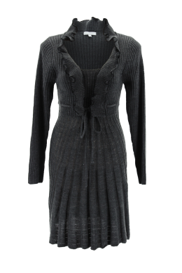 Wendy Knit Dress - Look spectacular while remaining warm on a chilly winter's day with this stunning knit coat.This coat is simply perfect for any social event when teamed with leather shoes and handbag.