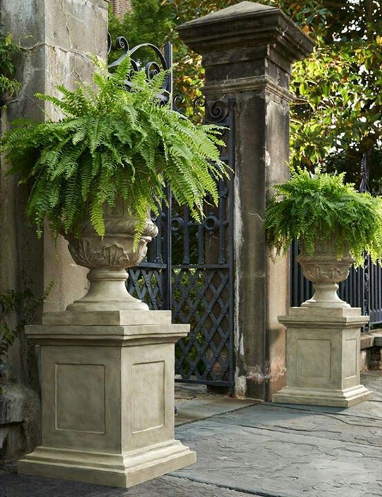 Keep The Class Ladyluxury French Garden Garden Urns Garden Design