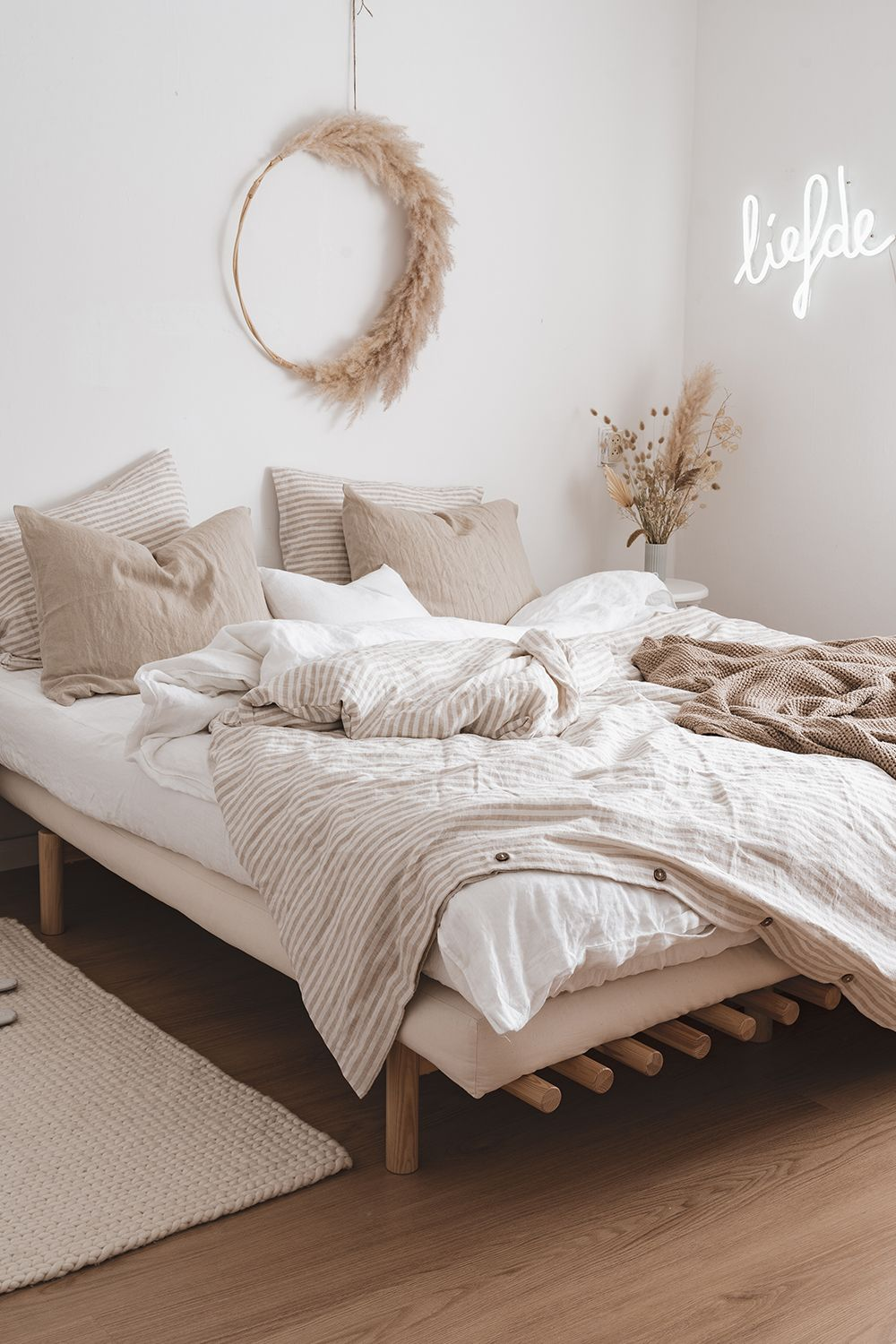 Calm And Earthy Linen Bedding Combo | MagicLinen