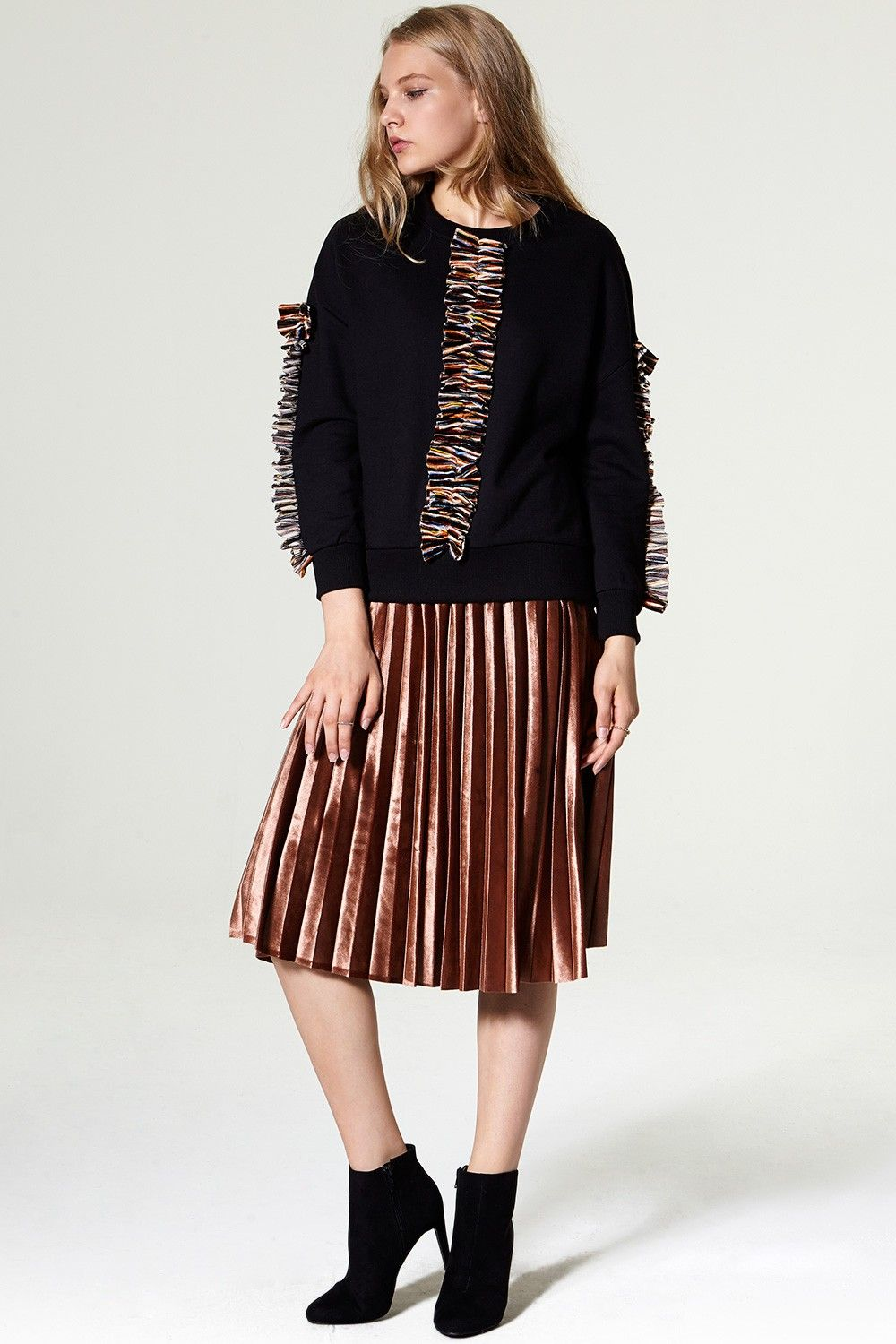 af9ca0ab3247 Helina Velvet Pleated Skirt Discover the latest fashion trends online at  storets.com #storets online shop #storets clothing #storets store
