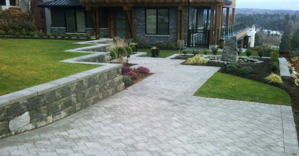 Pavers Installation Vancouver Richmond Surrey Burnaby Delta Retaining Wall How To Install Pavers Landscape
