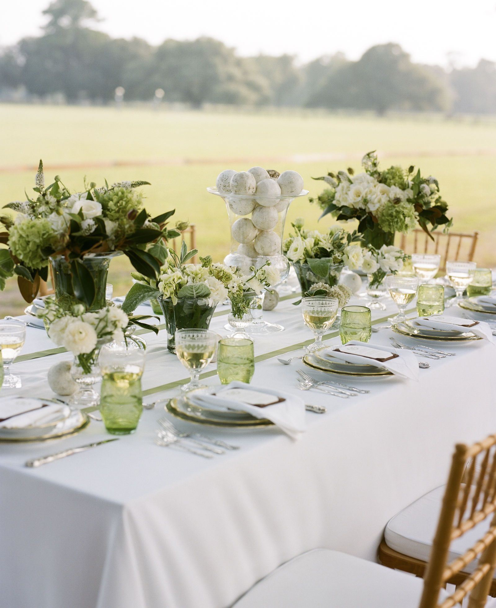 25 Gorgeous Spring Wedding Tablescapes Table DecorationsTable CenterpiecesWedding