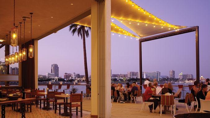 Fuego Restaurant At Hotel Maya A Doubletree By Hilton Long Beach