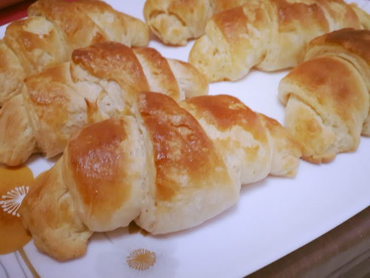 "Croissant! ""Join me on my facebook page: www.facebook.com/chefmariam""  @allthecooks #recipe #bread #breakfast #easy #rolls #croissant"