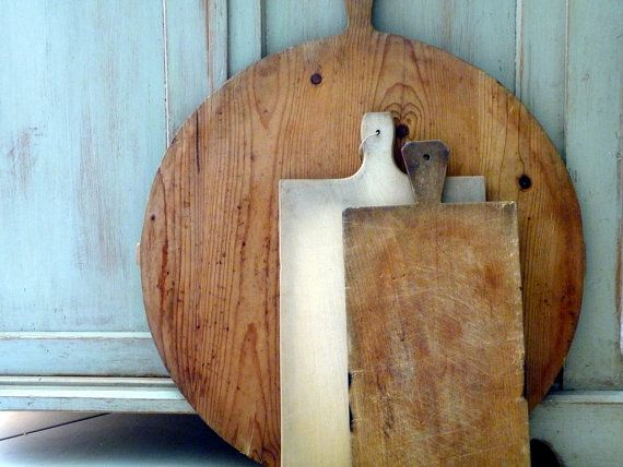Vintage Bread Board 1940s Round Dough Board Large Wood Antique