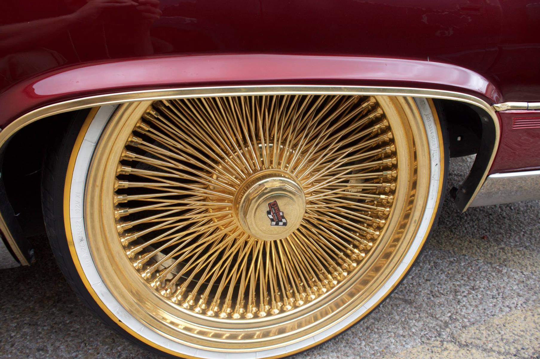 White And Gold Always Looks Good With Burgandy Dayton Wheels Dayton Rims Wheel Rims