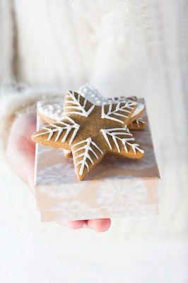 gingerbread stars, decorating ideas