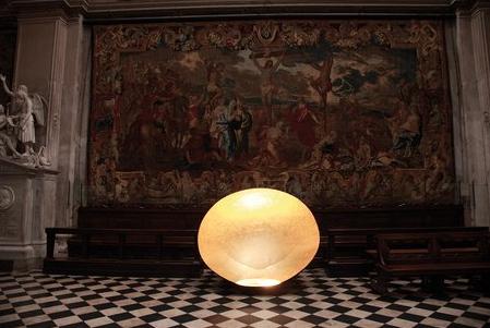 Catellani&Smith,Luna nel Pozzo Ø 200 cm installation / Notti di Luce, Basilica di Santa Maria Maggiore Bergamo, Italy 2007