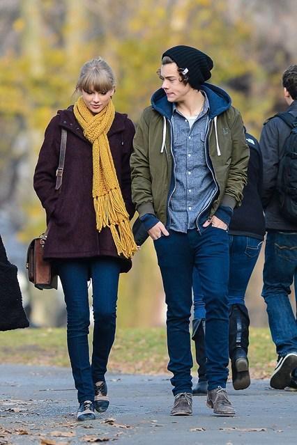 British Vogue on Twitter | Harry styles girlfriend, Taylor ...