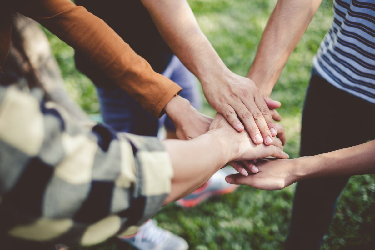 كلمات عن العمل التطوعي والتعاون موسوعة Friendship Fights Practice Gratitude Gratitude