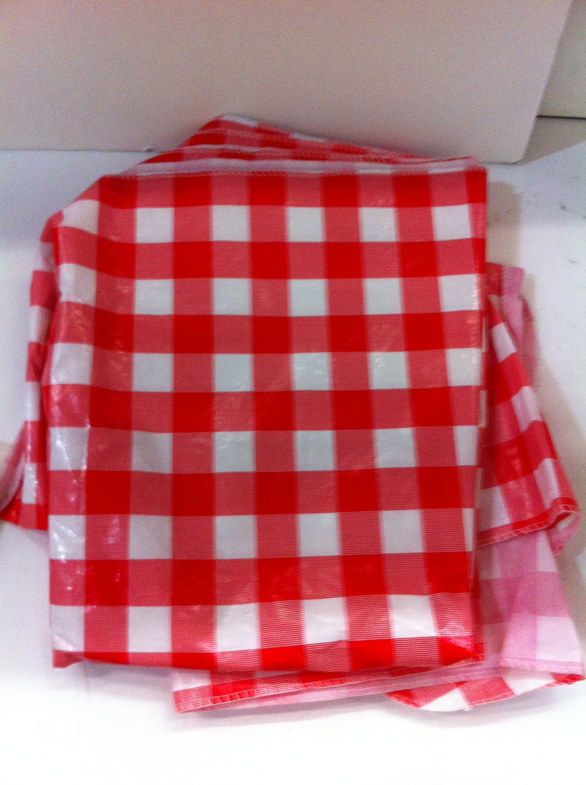 Ordinaire Red/white Plastic Picnic Tablecloth