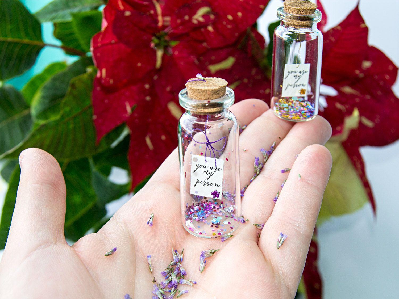 You are my person. Tu eres mi persona. Mensaje en una botella. Miniaturas. Regalo personalizado. Divertida postal. Amistad. Amor de EyMyMessage en Etsy