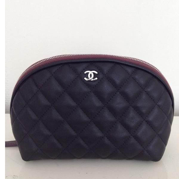 697a66be5b1f Chanel Small leather cosmetic bag. good for makeup